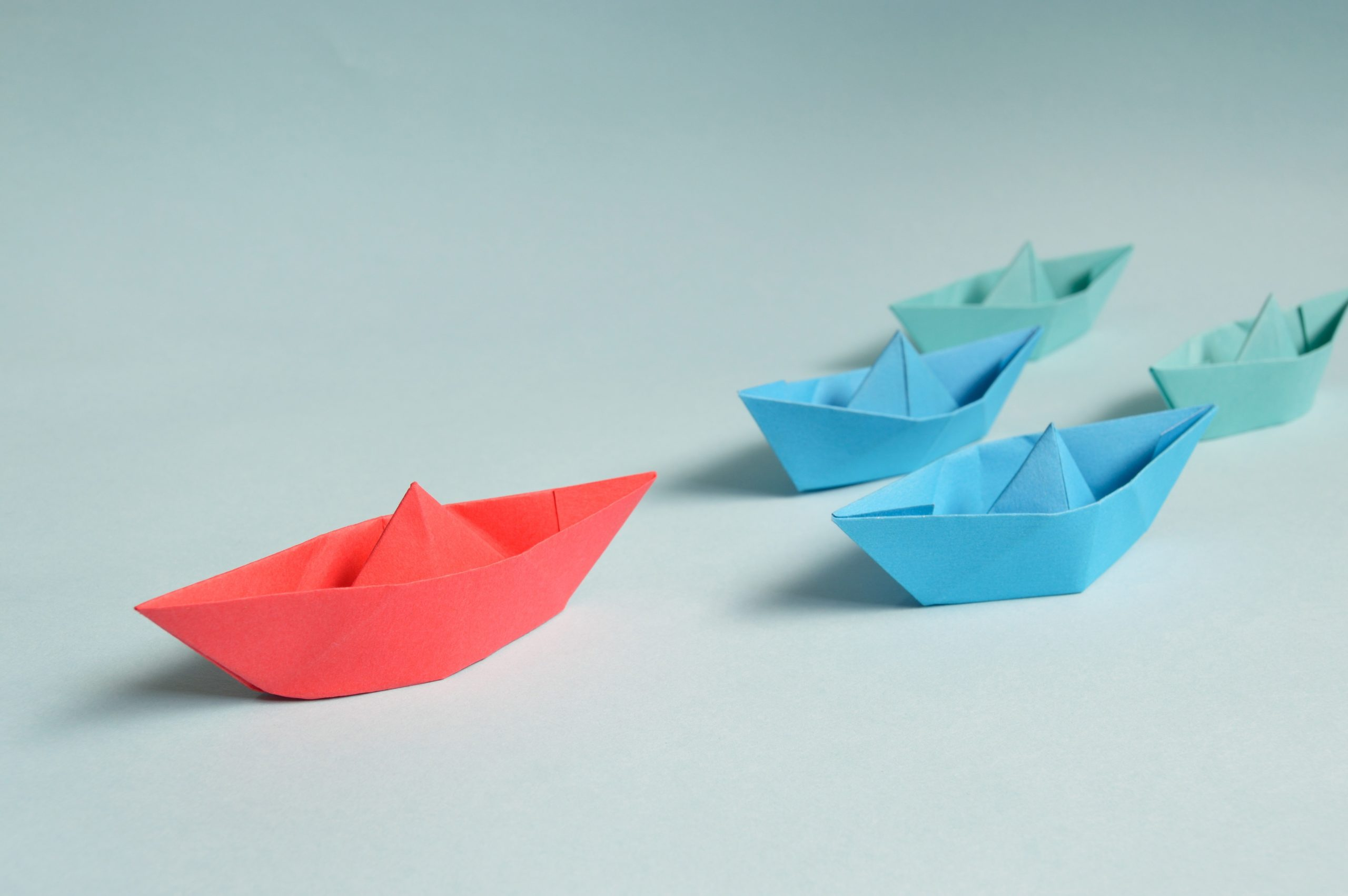 Origami-Bastelei Boote